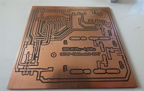 PLL synthesizer DD7LP