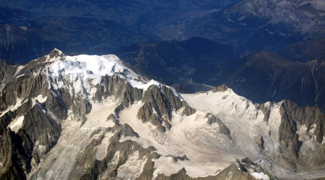 10 GHz QSO with a reflection from Mont Blanc