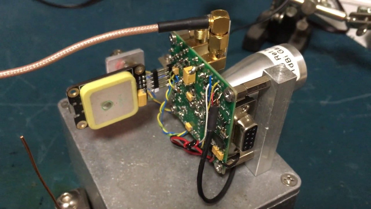 VK2XAX test 122GHz VK3CV transverter